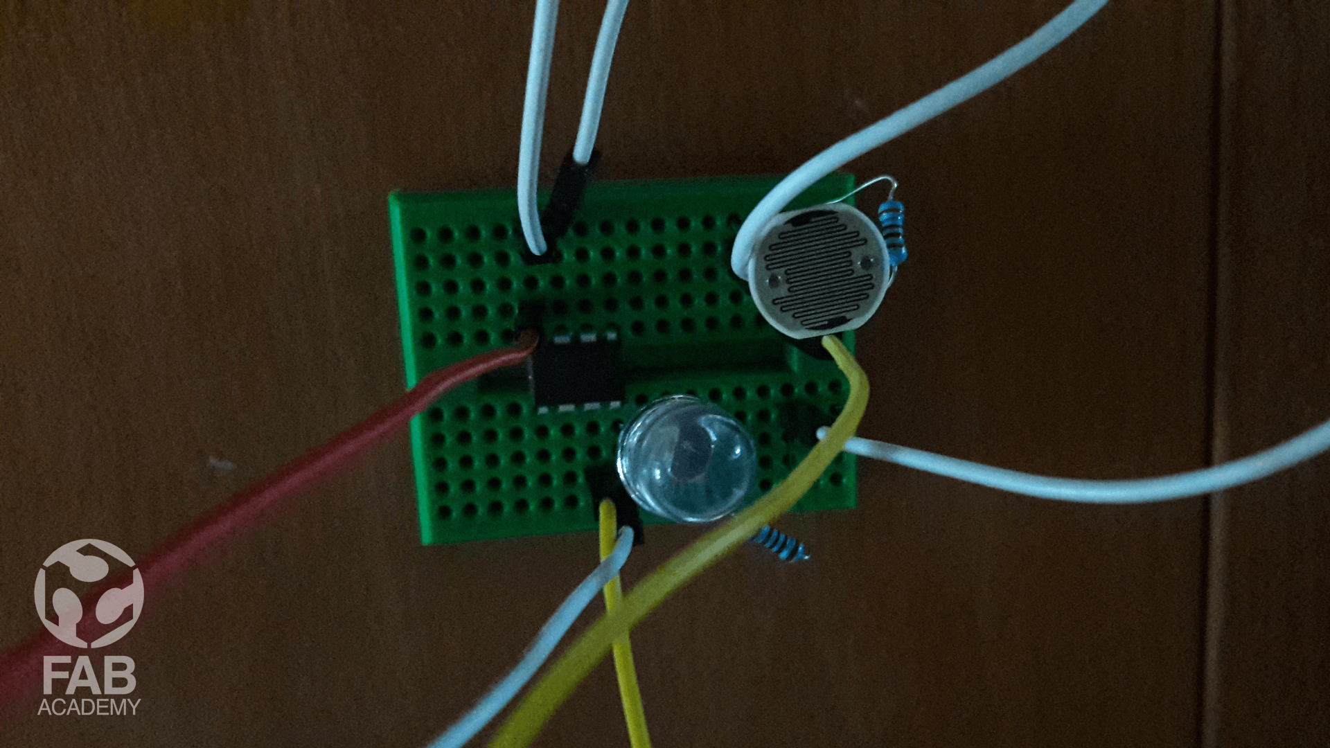 Output Devices W12 Flickering Leds Using Attiny 85 Arduino Youtube 01 Prototyping My Idea Attiny85 And Uno As A Programer